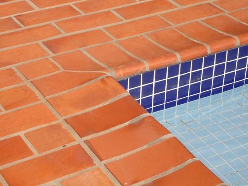 Pisos para piscina área externa