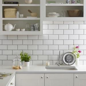 Azulejo branco retangular